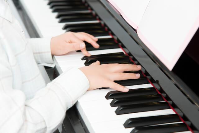 ヤマハの電子ピアノはどんな人におすすめ?