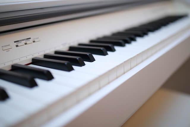 電子ピアノのメーカーと特徴