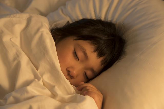 寝ない子供がよく寝るようになるコツ