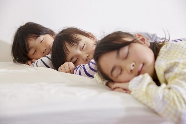 子供の睡眠時間はどのくらい必要?