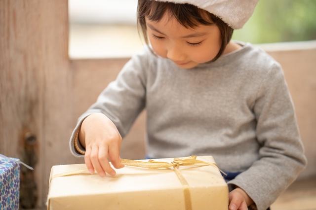 4歳に贈るプレゼントの選び方